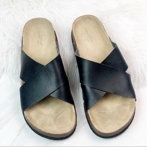 Universal Thread Black Cris Cross Sandals